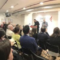 Lorenzo Marone, folla da Feltrinelli per la presentazione del nuovo libro