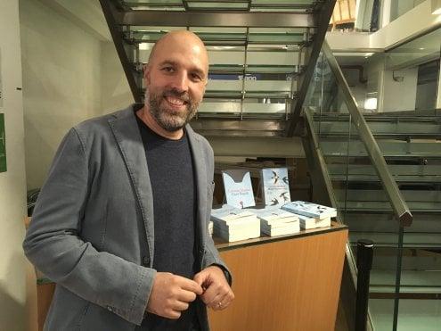 """Lorenzo Marone presenta da Feltrinelli il suo nuovo libro """"Cara Napoli"""""""