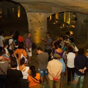 """Catacombe di San Gennaro, appello al Papa: """"Non fermate il modello Sanità"""""""