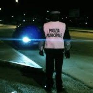 Ragazza di 15 anni sorpresa a prostituirsi a Napoli