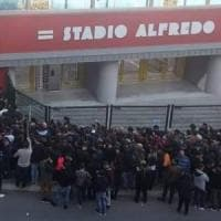Derby Potenza - Matera, ore in fila per il biglietto