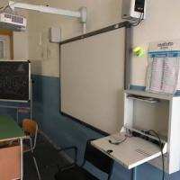 Colpi a raffica in scuole Napoli e Caserta, tre arresti