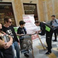 Salvini a Napoli, protesta con lezione in strada