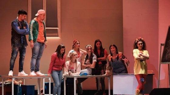 """""""Pugno vs Pugno"""", il progetto del Teatro Totò contro il bullismo nelle scuole"""
