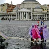 Emergenza maltempo, a Napoli scuole chiuse