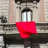 Potenza, un drappo rosso nei 131 comuni lucani