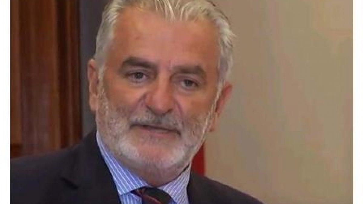Crisi avellino il ministero nomina priolo commissario for Priolo arredamenti torino