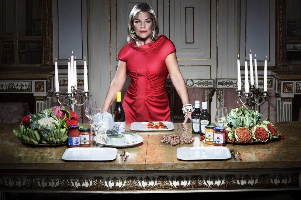 Luxurious, il calendario fashion&food 2019 del fotografo Salvio Parisi