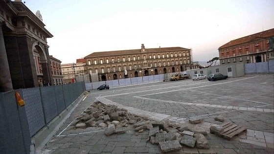 Piazza Plebiscito, no del Mibac alle griglie del cantiere della linea 6 della metro