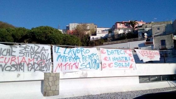 Ischia, niente stipendi da maggio: in sciopero i dipendenti di Villa Mercede