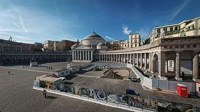 """Piazza Carolina, i residenti """"No alle griglie:    qui crollano i palazzi come alla Riviera"""""""