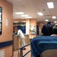Napoli,  testata ad autista del 118 dal familiare di un paziente deceduto