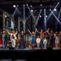 Musicanti, sold out al Palapartenope per il musical con le canzoni di Pino Daniele