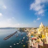 No all'invasione del commercio, a Procida petizione per salvare il borgo della Corricella