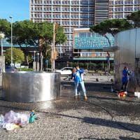 I volontari di Retake ripuliscono Piazzale Tecchio