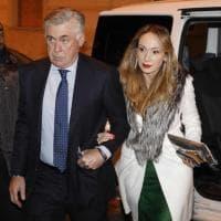 Napoli, la cena di Natale: da Ancelotti ai calciatori, applausi per tutti