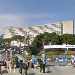 Furto al Policlinico di Napoli, rubati 54mila euro