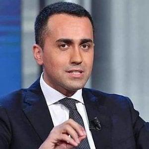 """De Luca: """"Di Maio dice 'fatto', ma forse si è fatto lui"""""""