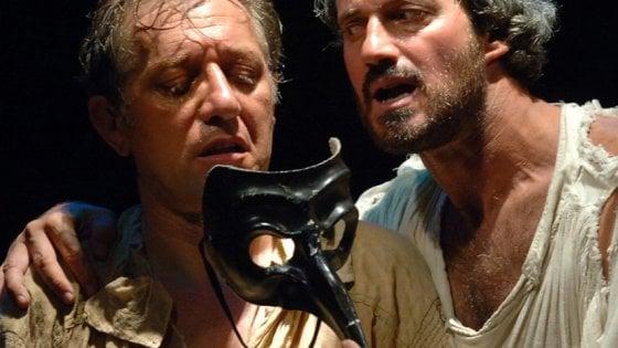 Napoli, a teatro con Repubblica: sconti per sei spettacoli