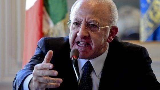 """Sanità, De Luca: """"A Napoli caos per formiche, a Brescia muoiono bimbi e non accade niente"""""""