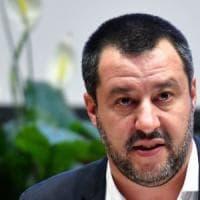 Il Napoli contro Salvini: