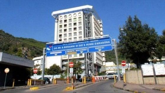 Salerno, il doppio ospedale è un caso