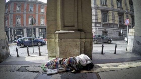 Napoli: decalogo per l'iscrizione Anagrafe persone senza dimora