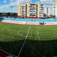 Ponticelli, il campo sportivo restituito ai bimbi del Rione Conocal: festa con Sepe e De Raho
