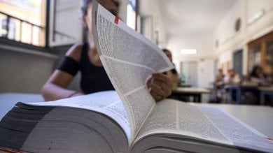 """Maturità, gli studenti di Napoli: """"Non si cambiano le regole a sei mesi dagli esami"""""""