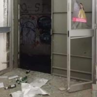 Salerno, vandalizzata la sede dell'Arcigay. Boldrini: