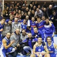 Basket, Napoli fa l'impresa: espugnata Salerno