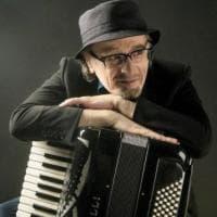 """Eduardo De Crescenzo in concerto al Gesualdo di Avellino, con """"Essenze Jazz"""""""