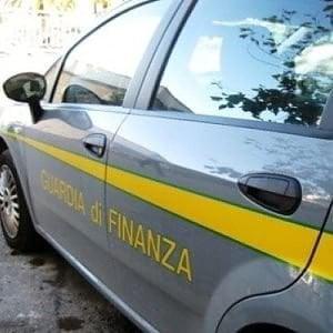 Evasione per 150 milioni, 11 persone agli arresti domiciliari tra Napoli e Chieti