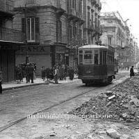 """""""Ci aiutate a datare questa foto?"""", l'appello Facebook dell'Archivio Carbone di Napoli"""