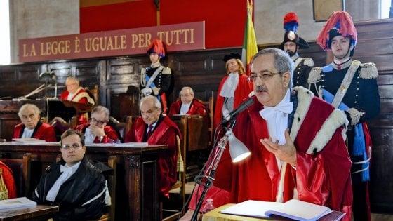 """Anno giudiziario, il pg Riello: """"La politica non candidi più ladri e corrotti"""""""