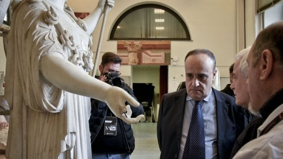 """Napoli, """"Canova e l'antico"""": le Tre Grazie e 110 opere al Mann"""