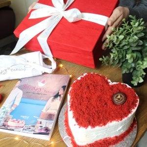 """Napoli, si presenta alla Feltrinelli """"Birdy's bakery, un sogno americano"""""""