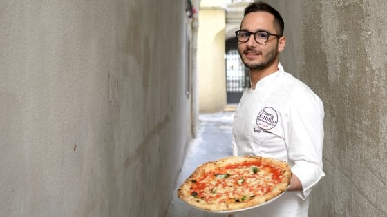 A Salerno c'è la pizza sospesa