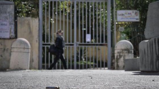 """Napoli, San Giovanni, a scuola dove spara la camorra: """"Impegno? Bussetti ci chieda scusa..."""""""
