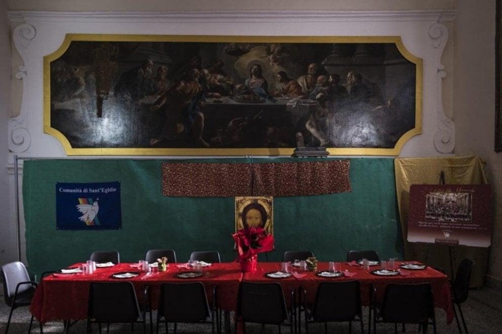"""Aversa per gli """"invisibili"""", pranzo collettivo con la Comunità di Sant'Egidio"""