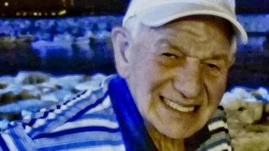 Morto dopo attesa di 6 ore al pronto soccorso di Napoli, 4 indagati
