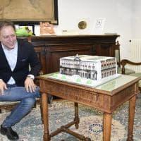 Mann, Giulierini festeggia il compleanno con una torta a forma di museo