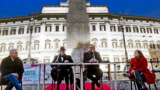 """De Magistris: """"Entro l'anno referendum per l'autonomia di Napoli, poi la criptomoneta"""""""