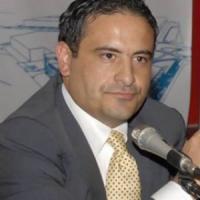 Scafati, l'ex sindaco Aliberti annuncia il suicidio su Fb: salvato dai familiari