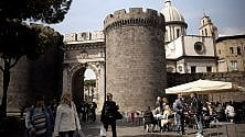 """Marcello Sannino presenta il suo    """"Porta Capuana"""""""