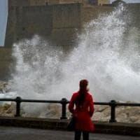 Sabato 23 febbraio previsto vento forte a Napoli: chiusi scuole, parchi e cimiteri