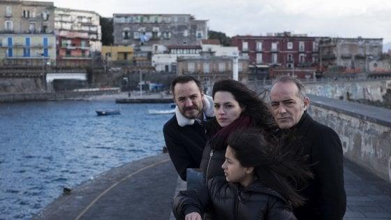 Il primo ciak di Marcello Sannino tra Napoli e Portici con Ivana Lotito e Ludovica Nasti