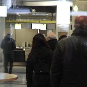 """Napoli, avvio lento per il reddito di cittadinanza. L'ambulante al Caf: """"Spero in un lavoro"""""""