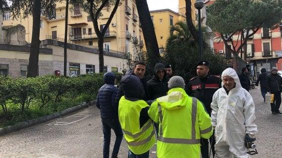 Rapina alle poste di piazza Mazzini a Napoli: 7 impiegati minacciati e malmenati. Tre in ospedale