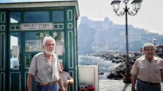 """Ischia, """"febbre"""" per """"L'amica geniale"""":  """"Cercasi comparse, mostriamo la bellezza della nostra gente"""""""